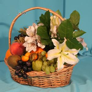 Корзина с фруктами и цветами «Ностальгия»