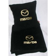 Черный плед с золотой вышивкой Mazda