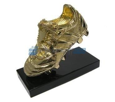 Скульптура Золотая бутса с позолотой