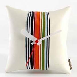 Часы-подушка