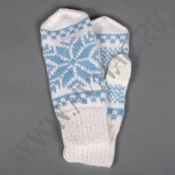 Варежки со снежинкой, белые с голубым