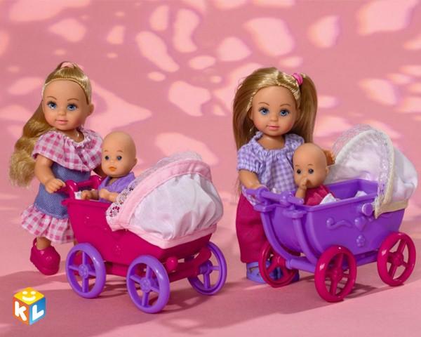 Кукла Еви с малышом на прогулке с аксессуарами от Simba