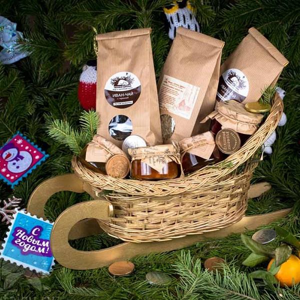 Новогодняя подарочная корзина «На здоровье!»