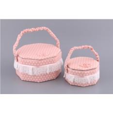 Набор бело-розовых шкатулок для рукоделия