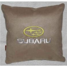 Бежевая подушка Subaru