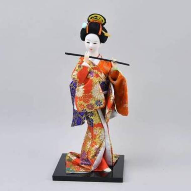 Статуэтка Гейша с флейтой в пестром кимоно