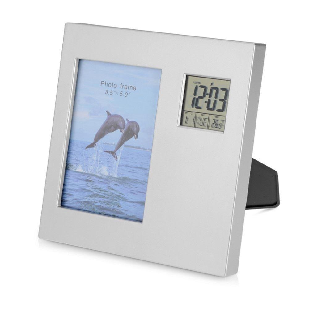 Часы с календарем и рамкой для фото