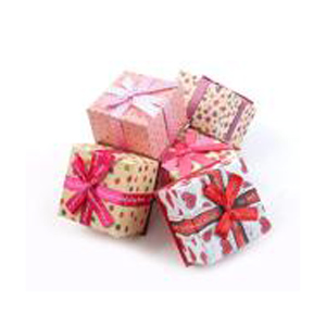 Коробка - куб, с бантом