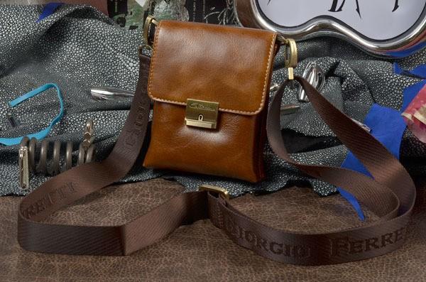 Кожаная сумка-планшет (коричневая)