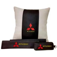Набор из подушки и накладки на ремень и ключницы Mitsubishi