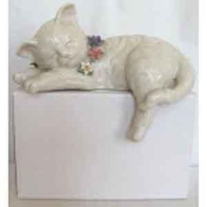 Статуэтка «Спящий кот»
