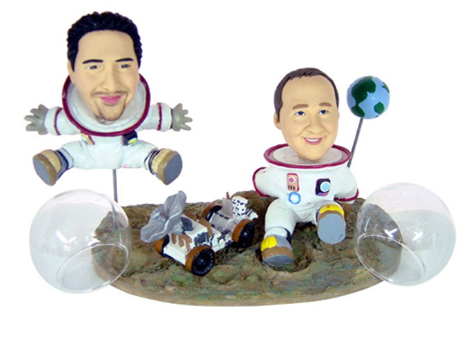 Статуэтка по фото Космонавты