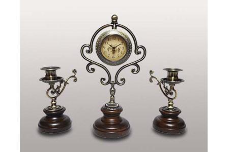 Часы с 2 подсвечниками