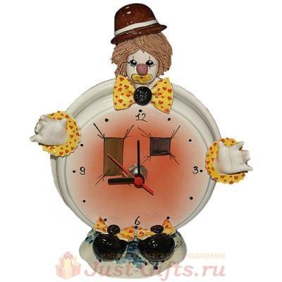 Часы круглые Клоун в коричневой шляпе