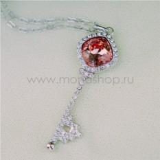 Кулон с красным кристаллом Сваровски «Ключик к сердцу»