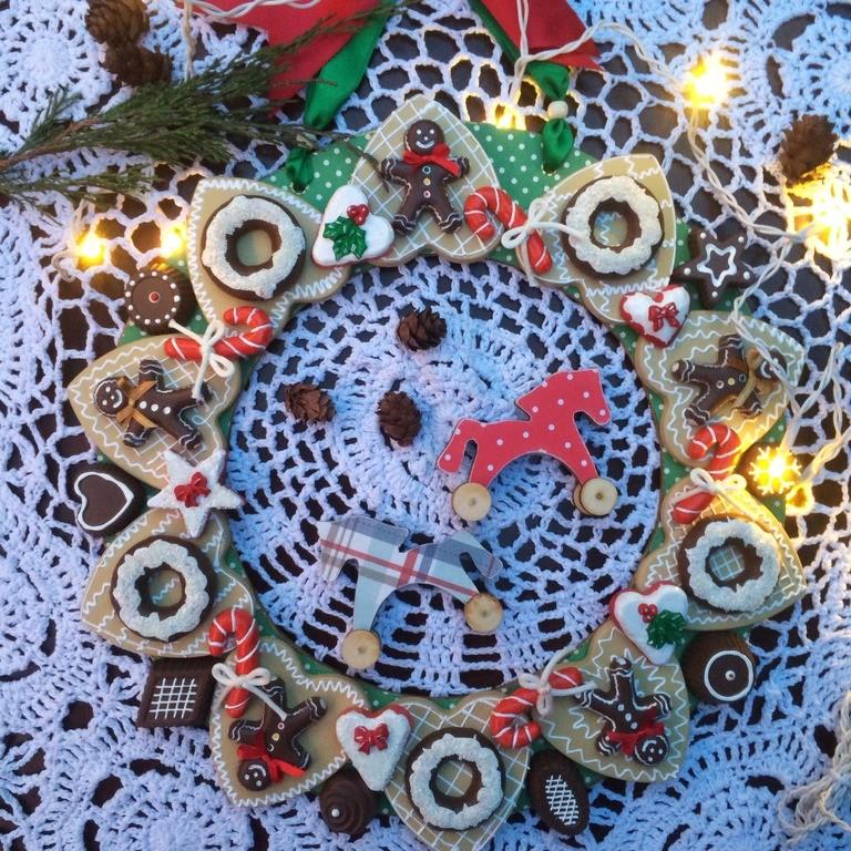 Новогоднее украшение Пряничный венок