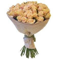 Букет из 51 розы сорта Талея в крафтовой бумаге (40 см)