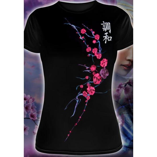 Женская футболка Гармония