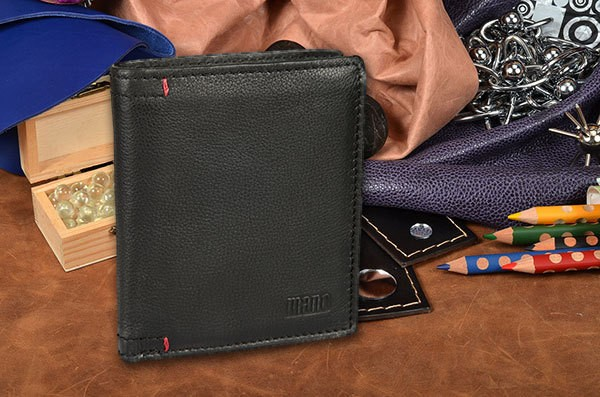 Мужское кожаное черное портмоне Mano