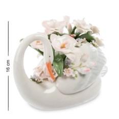 Фигурка Лебедь с цветами