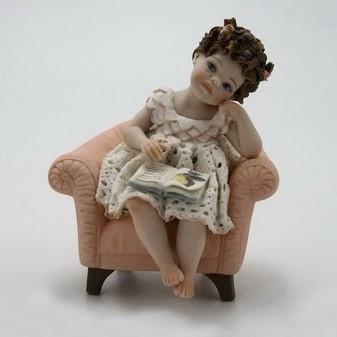 Titty Фарфоровая статуэтка