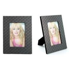 Фоторамка из кожзаменителя для фото размером 10х15 см.