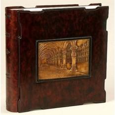 Кожаный фотоальбом с барельефом Галерея