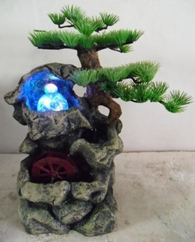 Декоративный фонтан Дерево в скале с подсветкой 2