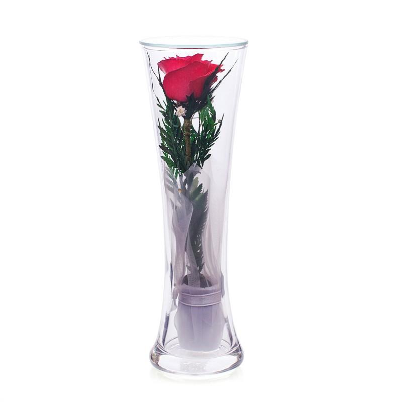 Цветочная композиция из красной розы