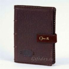 Темно-коричневый кожаный ежедневник