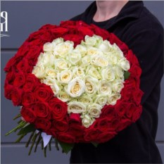 Букет Сердце из 101 розы 50 см