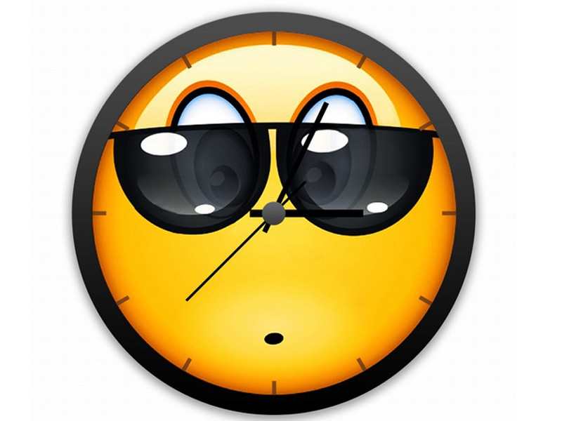Позитивные Часы Смайлик в очках