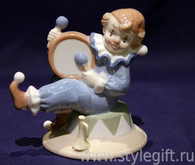 Фигурка клоун с бубном