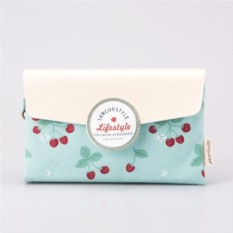 Маленькая косметичка-клатч Cherries mint