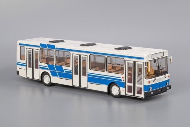 Модель автобуса ЛиАЗ-5256 (бело-синий)