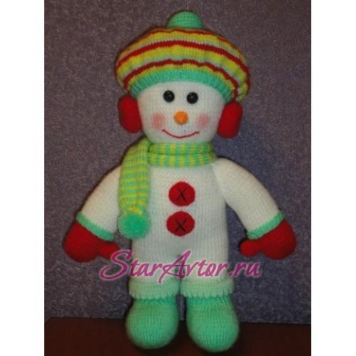 Вязаная игрушка ручной работы Снеговик в наушниках