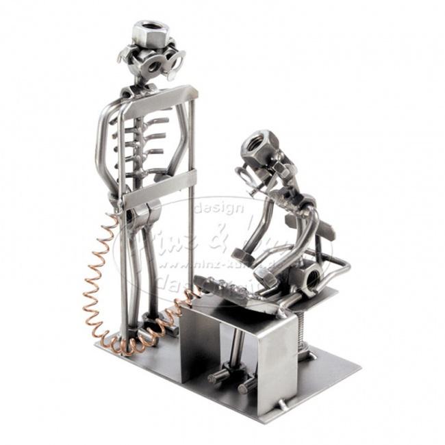 Металлическая статуэтка Ренгенолог, HINZ&KUNST