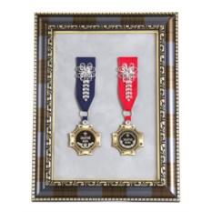 Орден в багете Золотой папа и Золотая мама