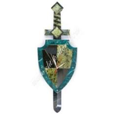 Настенные часы из змеевика Щит и меч