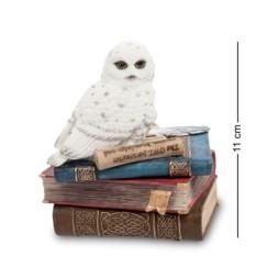 Шкатулка Полярная сова на книгах