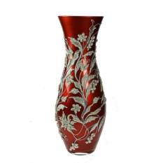 Красная декоративная ваза