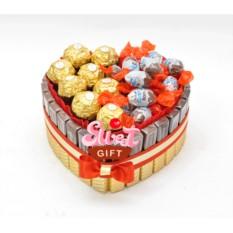 Торт из конфет Мерси сердечко