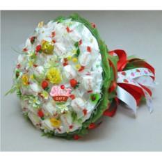 Букет из конфет Сладкая ягода