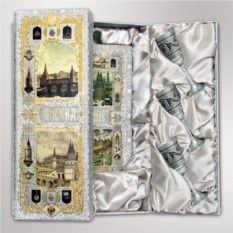 Подарочный набор Москва-Кремль с серебряными рюмками