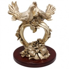 Скульптура Пара голубей на сердце