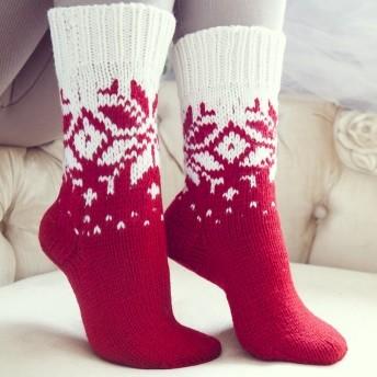 Носки со снежинкой