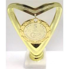 Кубок-сердце с медалью 5 лет вместе. Деревянная свадьба