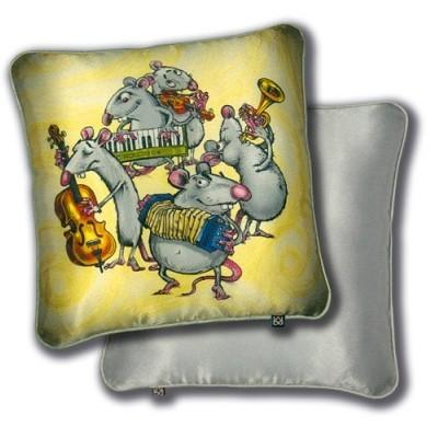 Декоративная подушка «Маэстро, Туш!»