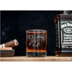 Именной стакан для виски Хет-трик