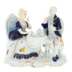 Фарфоровые статуэтки «Юноша и девушка обедают»